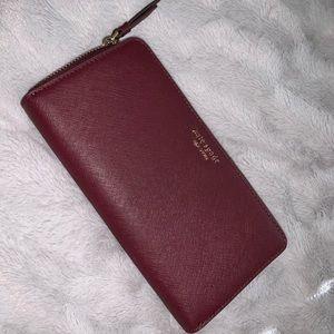 UNUSED Kate Spade Zip Around Wallet